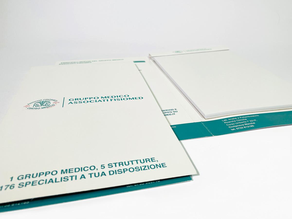 blocco ricettario medico con copertina
